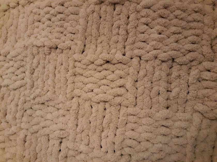 Advanced Chunky Knit Blanket-Basketweave