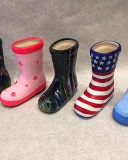 Ceramic Boot Planter w/Plant
