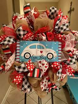 DIY - Love Bug Wreath Making class