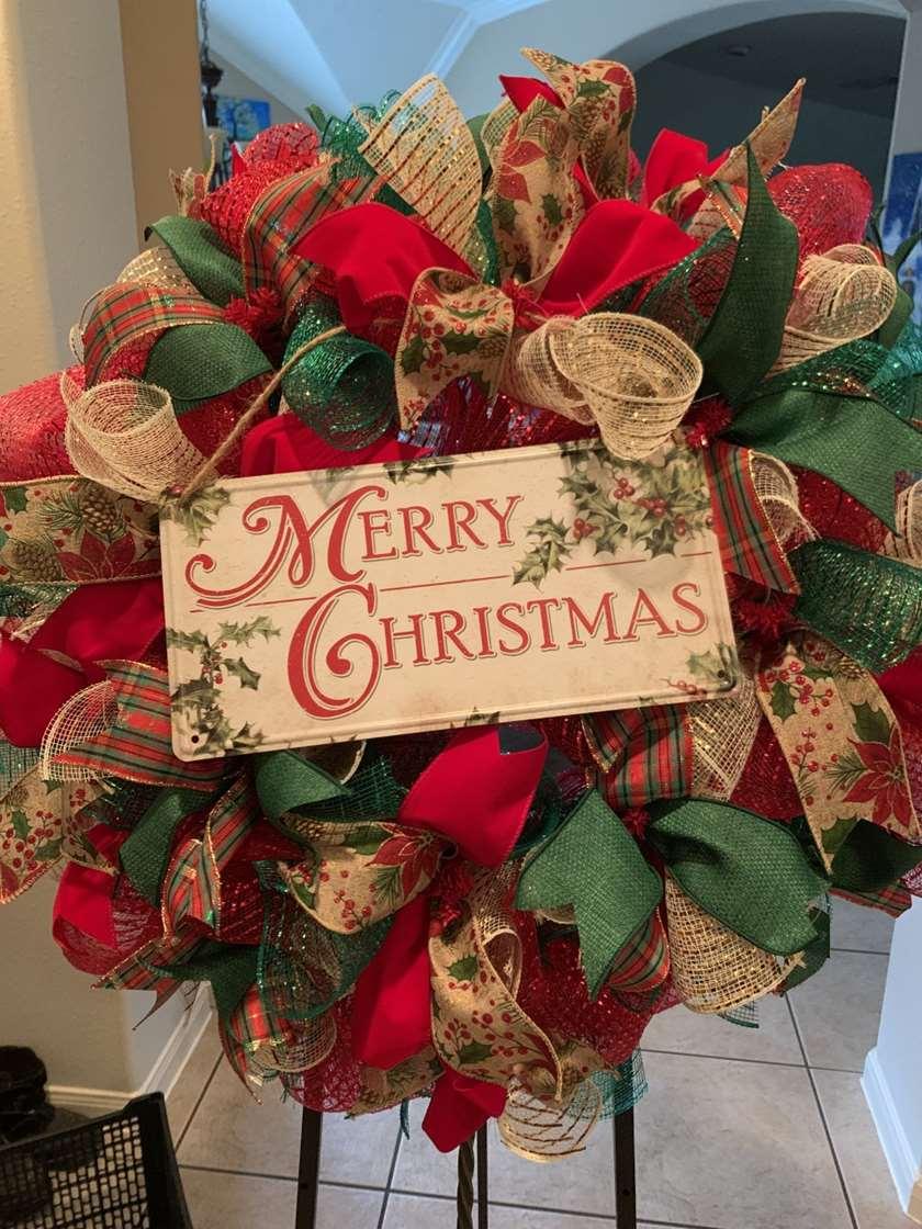 DIY - Merry Christmas Wreath Making Class