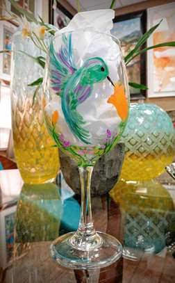 Hummingbird Wine Glass